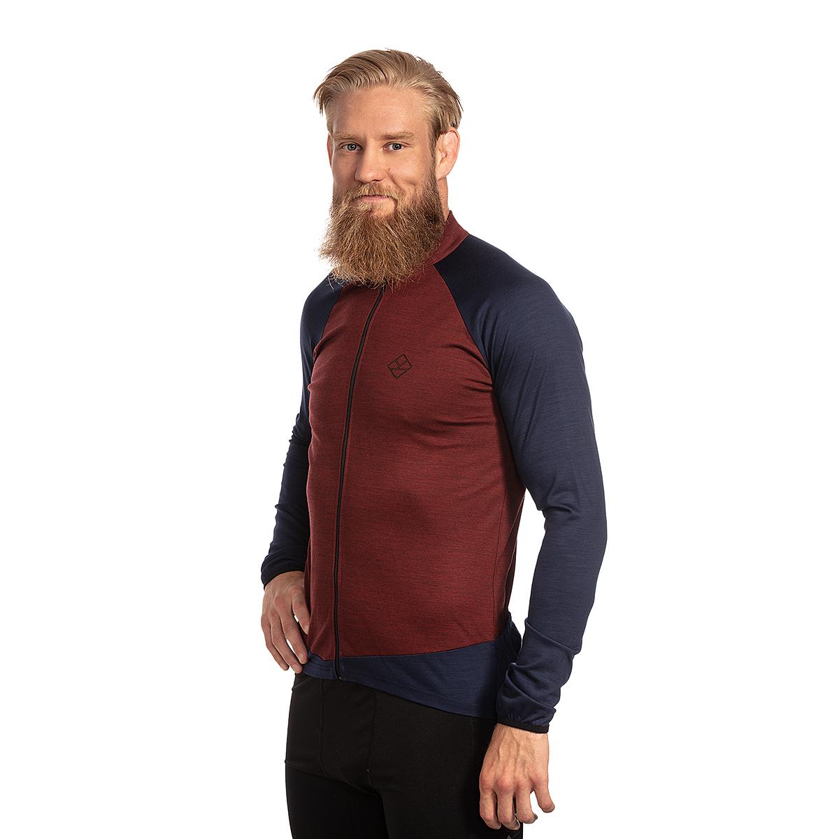 Keli Kanerva long sleeved cycling jersey